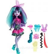 Monster High Монстер Хай Твайла из серии Под напряжением Electrified Monstrous Hair Ghouls Twyla Doll