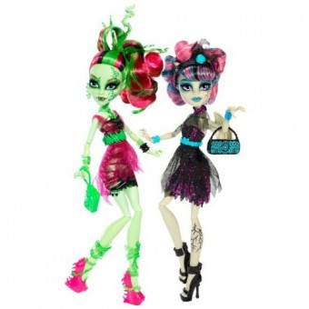 Zombie Shake Rochelle Goyle and Venus McFlytrap Doll 2-Pack